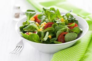 Feldsalat in der Küche