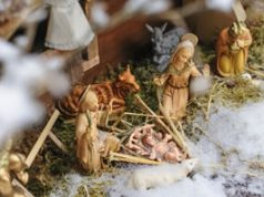 Adventsdekoration: Grippe mit Jesus