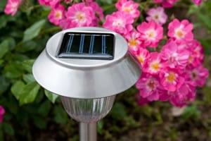 Gartenbeleuchtung mit Solar-Lampen
