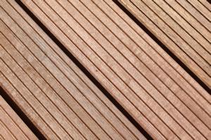 Terrassenholz Maserung