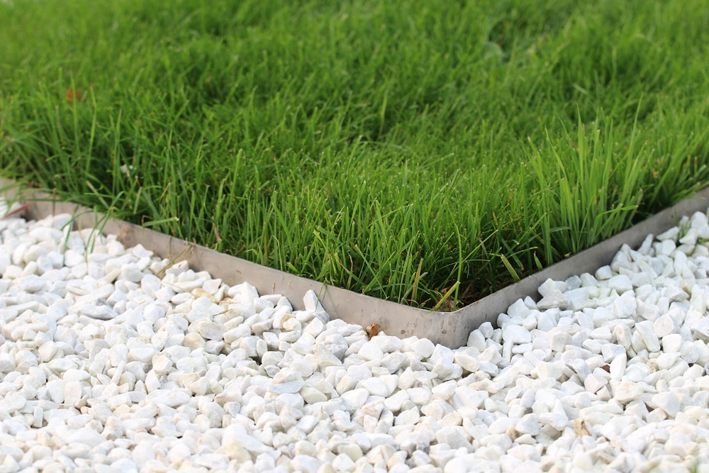 Gartengestaltung mit Steinen und Kies - Gartendialog.de