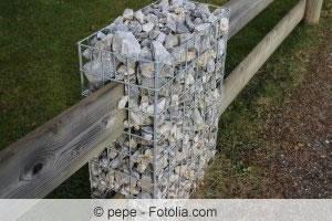 Zaun aus Gabionen