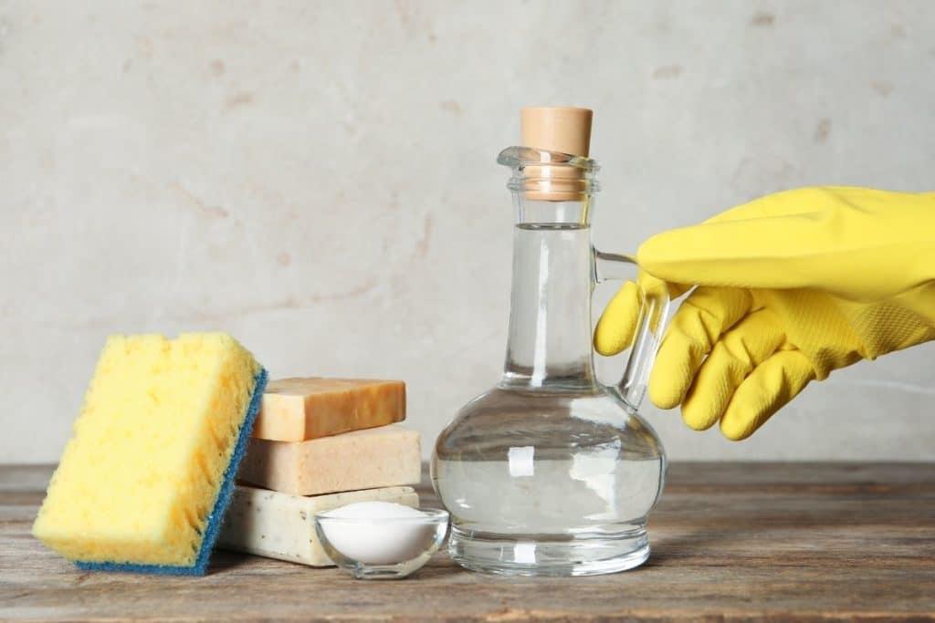 Essigessenz Pflastersteine reinigen